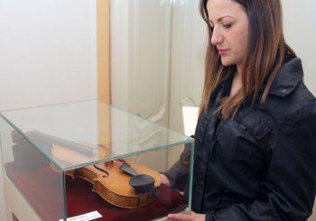 Pred publikom i violina Vlade Miloševića