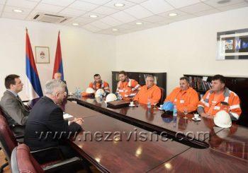 Radnici Mitala na razgovoru kod Čubrilovića, u zgradu skupštine stigao i Dodik