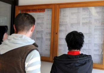 U aprilu posao tražilo 495.405 lica u BiH