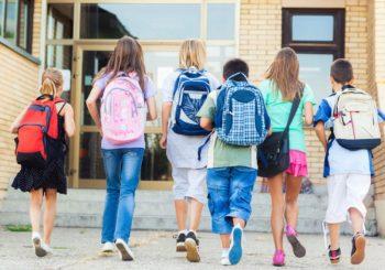Školske torbe teške, a nema ormarića