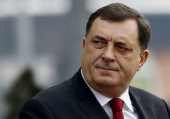 Dodik: Mesić ponovo obukao ustaško odijelo