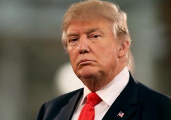 Najnovija Trampova prijetnja na Tviteru: Kim je ludak, neka se spremi