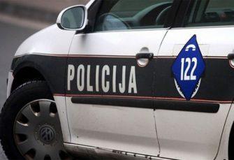 TEŠKA NESREĆA: Tri osobe poginule, a dvije povrijeđene u sudaru više vozila kod Lukavca