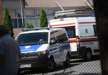 Batko na operaciji, policija ispred banjalučke Hirurgije