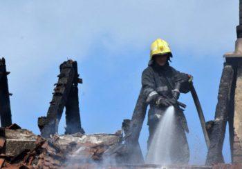 Podmetnut požar: Potpuno izgorjela vikendica u Podromaniji