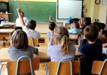 Smanjuje se broj upisanih osnovaca i srednjoškolaca