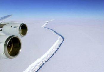 Na Antarktiku se odvojila se najveća santa leda do sada
