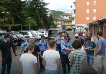 Građani sprečili deložaciju porodice Popović u Banjaluci