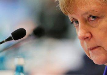 Njemački mediji: Merkelova kršila zakon otvarajući vrata izbjeglicama?