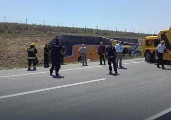 U Vojvodini se prevrnuo autobus iz Poljske, jedna osoba poginula