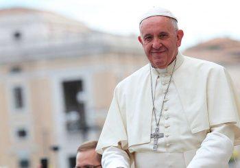 PAPA FRANJO: Konzervativni kritičari mi zabijaju nož u leđa, ali ne plašim se raskola među katolicima