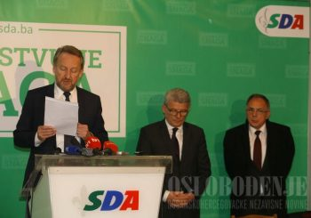 Živo blato: Izetbegović je zaslužio da bude doživotni predsjednik SDA