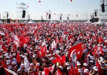 "Istanbul: Stotine hiljada Turaka diglo glas protiv ""Erdoganove diktature""!"