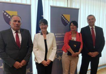 Švajcarska i BiH potpisale Sporazum o upravljanju migracijama