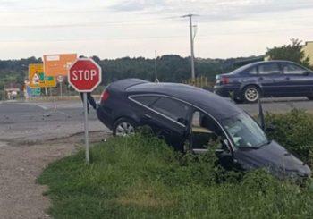 """Prošao """"stop"""" pa udario ministra"""