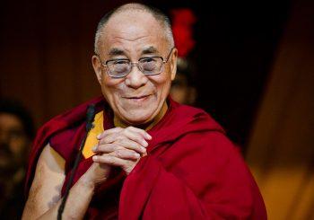 Dalaj Lama: Sjedište NATO-a prebaciti u Moskvu radi smanjenja tenzija