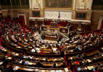 Francuska: Političari koji zaposle supruge idu tri godine u zatvor