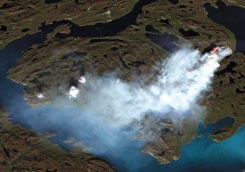 Na ledenom Grenland požar bukti već dvije sedmice