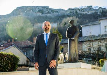 Gradonačelnik Knina: Poklonio bih se srpskim žrtvama