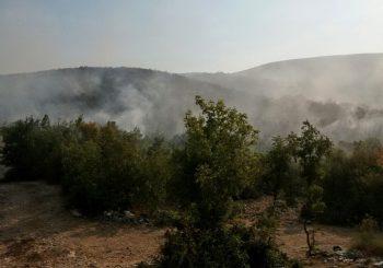 Na području Hercegovine i dalje aktivno više požara
