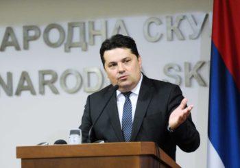 Stevandić: Opozicija poziva na nasilje i prekid rada Parlamenta