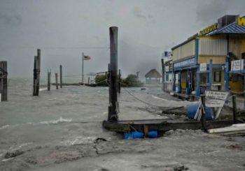 Irma na Floridi: Nestaje struje, udari vjetra od 300 kilometara na čas!