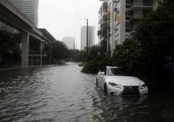 Irma prešla na zapadnu obalu Floride, Tramp proglasio stanje prirodne katastrofe