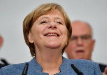 Merkelova proglasila pobjedu, u Bundestag ulaze i desničari