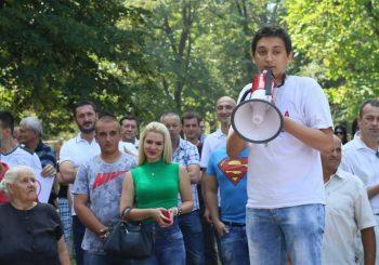 "NAPAD Predsjednik ""Restarta"" Stefan Blagić pretučen u centru Šekovića"