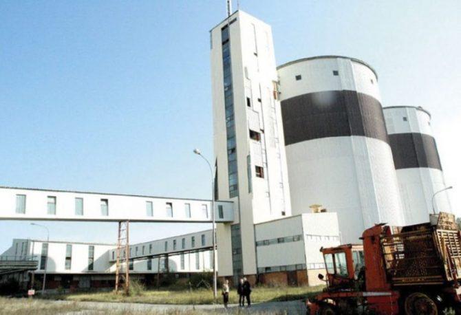 NUDI SEDAM MILIONA KM: Dragan Đuragin, srpski preduzetnik iz Kine, kupuje šećeranu kod Bijeljine?