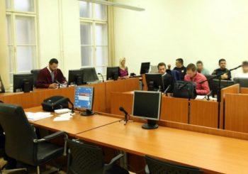 Zatvorskim čuvarima i medicinskom tehničaru koji su pomogli Sejfoviću određen pritvor