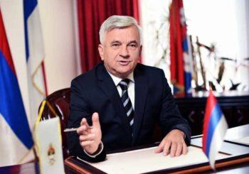 ČUBRILOVIĆ: Nisam optimista uoči presude Karadžiću, Hag do sada bio pristrasan