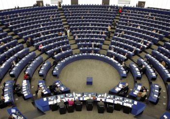 Skandal u Evropskom parlamentu: Poslanici seksualno maltretirali mlade asistentkinje?