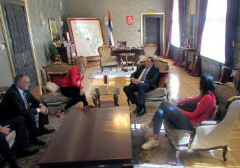 """""""Zlatne"""" odbojkašice Tijana Bošković i Brankica Mihajlović na prijemu kod Dodika"""