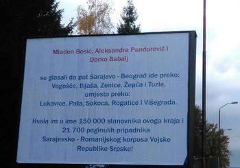 Uklonjeni bilbordi i u Istočnom Sarajevu