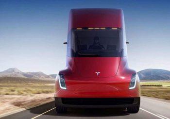 Tesla predstavio električni kamion sa dometom od 800 km