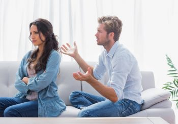 """Anketa: Muškarci čije žene zadrže djevojačko prezime nakon udaje su """"papučari"""""""