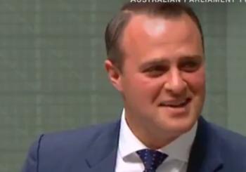 Pogledajte kako je australijski zastupnik zaprosio svog partnera tokom parlamentarne debate