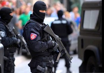 Završena talačka kriza u Beogradu, napadač pucao, pa se predao specijalcima