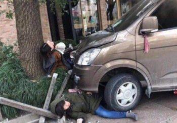 Šangaj: Kombi sa plinskim bocama uletio među pješake