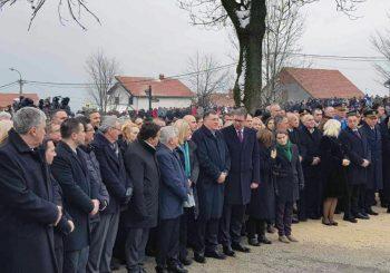 Šta sadrži deklaracija Vučić - Dodik: Srbija i RS će formirati krovni nacionalni savjet