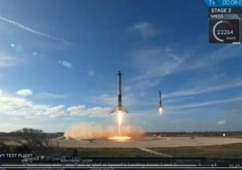 Najsnažnija raketa na svijetu lansirana u Zemljinu orbitu i tamo ostavila Tesla automobil