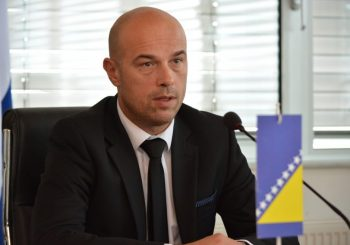 Institucionalno nepovjerenje kao osnovna kočnica života u BiH