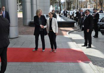 Premijer Srbije Ana Brnabić u RS, sa Cvijanovićevom i Dodikom o energetici i mostu