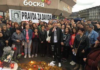PRAVDA ZA DAVIDA Novi skup u centru Banjaluke, građani došli i po nevremenu