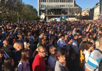 PRAVDA ZA DAVIDA Više hiljada ljudi na mirnom, ali odlučnom skupu na Trgu Krajine