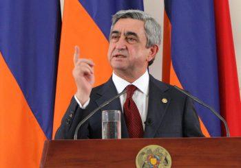 ČUDO NEVIĐENO Premijer Jermenije podnio ostavku, poručio da je opozicija u pravu