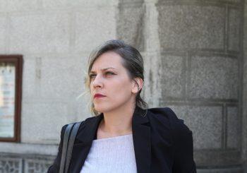 PLEMENITO Slikarka Nina Babić poklanja 300 svojih crteža u centru Banjaluke