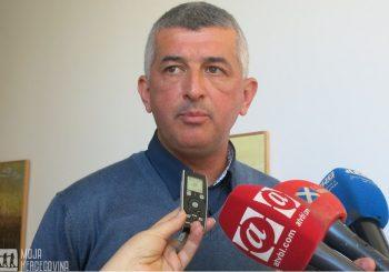 """KO SE """"ZEZA"""" U BILEĆI Odbornik PDP-a vraća SNSD-u većinu, Vučurević interveniše"""