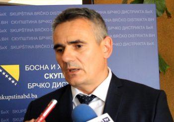 RAZLAZ: SNSD i SP eliminišu SDS iz vlasti u Brčko distriktu, preletač presudan?